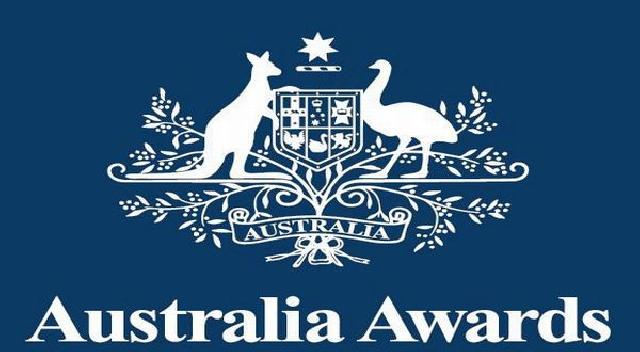 8538901666-australia-awards
