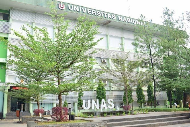Universitas-Nasional-2