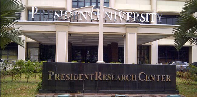 449996_09195402082016_president_university