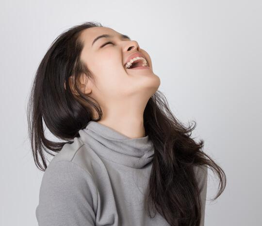 bikin-pengidapnya-tidak-berhenti-tertawa-ini-cara-pencegahan-sindrom-angelmanhalodoc