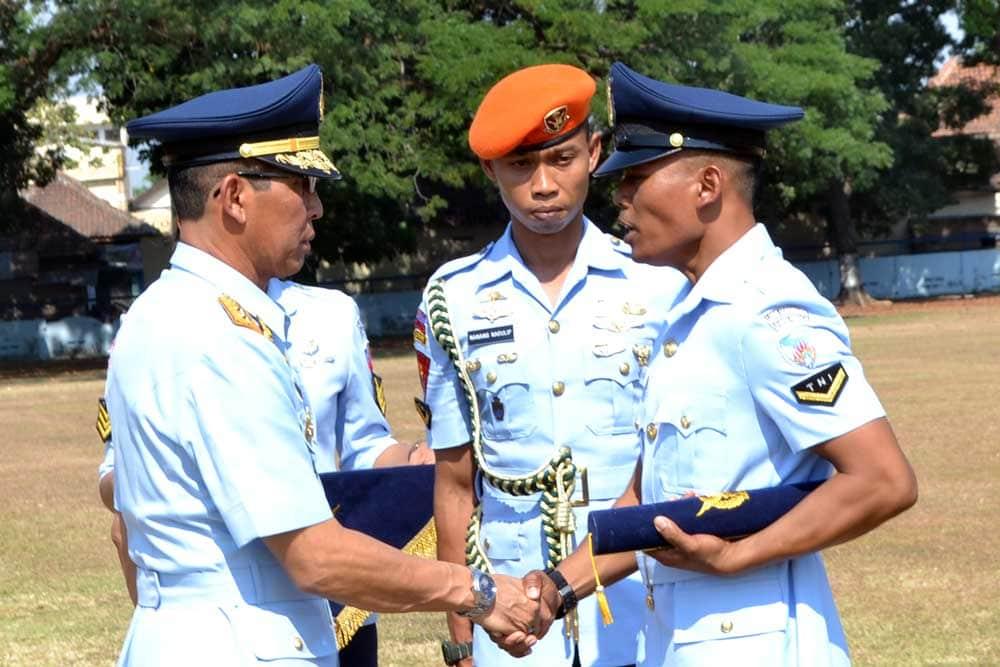 Pendaftaran Lulusan SMA/SMK/Sederajat Bintara TNI AU TA 2021, Deadline 28 FEBRUARI 2021